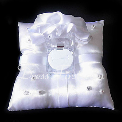 Ring Pillow in Silk With Rosettes And Ring Box (103018310)