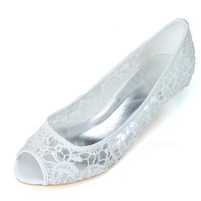 Women's Lace Kitten Heel Peep Toe Pumps (047057085)