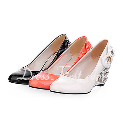 Women's Patent Leather Wedge Heel Pumps Closed Toe With Bowknot shoes (085015192)