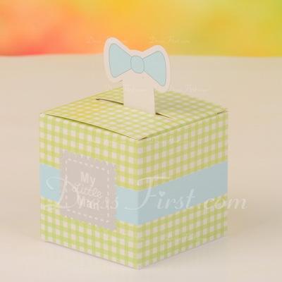 Classic Cubic Favor Boxes (Set of 12) (050054566)