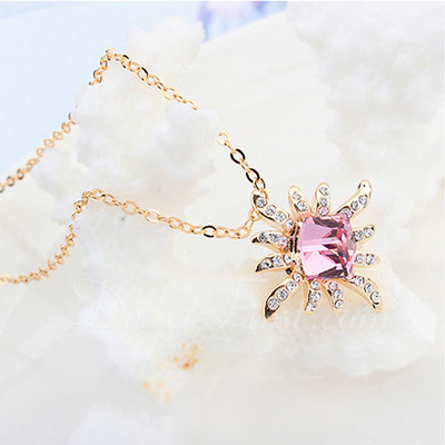 Beautiful Alloy/Gold Plated With Crystal Ladies' Necklaces (011054887)