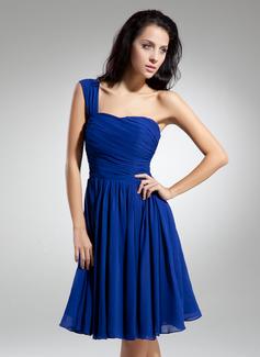 A-Line/Princess One-Shoulder Knee-Length Chiffon Homecoming Dress With Ruffle