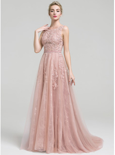 A-Line/Princess Scoop Neck Court Train Tulle Lace Prom Dress With Beading