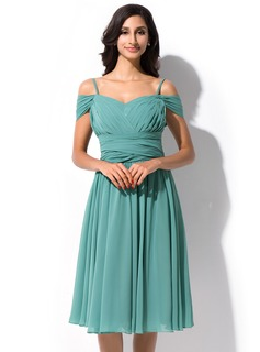 A-Line/Princess Off-the-Shoulder Knee-Length Chiffon Prom Dress With Ruffle