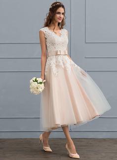 A-Line/Princess V-neck Tea-Length Tulle Wedding Dress With Bow(s)