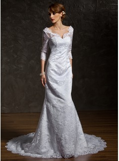 Trumpet/Mermaid V-neck Chapel Train Lace Wedding Dress