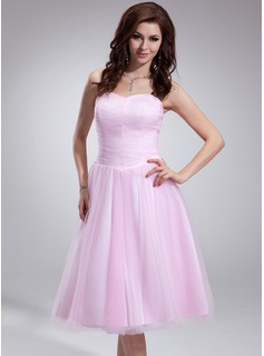 A-Line/Princess Sweetheart Tea-Length Tulle Bridesmaid Dress With Ruffle