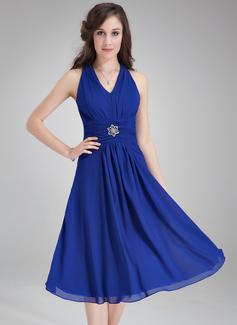 Çan/Prenses V Yaka Diz Hizası Chiffon Nedime Elbisesi Ile Büzgü Kristal Broş