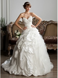 Ball-Gown Sweetheart Chapel Train Taffeta Tulle Wedding Dress With Ruffle Beading Feather Appliques