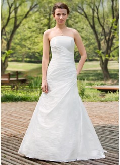 A-linjeformat Axelbandslös Golvlång Taft Bröllopsklänning med Rufsar