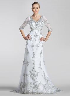 A-linjeformat V-ringning Court släp Tyll Bröllopsklänning med Pärlbrodering Applikationer Spetsar Paljetter Rosett/-er