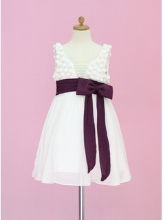 A-Line/Princess Scoop Neck Tea-Length Chiffon Tulle Flower Girl Dress With Sash Beading Bow(s)