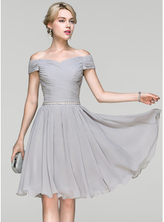 A-Line/Princess Off-the-Shoulder Knee-Length Chiffon Prom Dress With Ruffle Beading