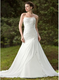 Trumpet/Mermaid Sweetheart Chapel Train Chiffon Satin Wedding Dress With Ruffle Beading Appliques Lace