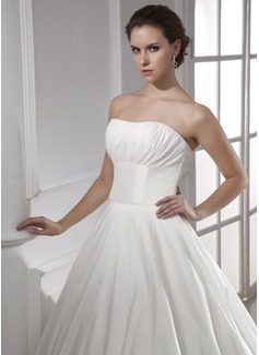 Ball-Gown Sweetheart Chapel Train Taffeta Wedding Dress With Ruffle