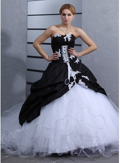 Ball-Gown Sweetheart Cathedral Train Taffeta Tulle Wedding Dress With Ruffle Lace