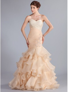 Trumpet/Mermaid Sweetheart Floor-Length Organza Prom Dress With Lace Beading Cascading Ruffles