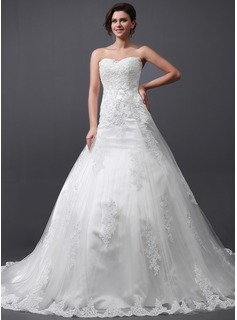A-Line/Princess Sweetheart Cathedral Train Tulle Wedding Dress With Lace