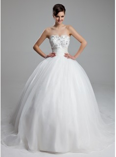 Ball-Gown Sweetheart Court Train Organza Satin Wedding Dress With Ruffle Lace Beadwork
