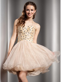A-Line/Princess Halter Short/Mini Organza Homecoming Dress With Beading