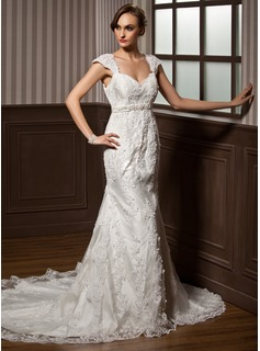 Trumpet/Mermaid Sweetheart Chapel Train Satin Tulle Wedding Dress With Lace Beading Bow(s)