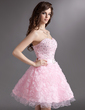 A-Line/Princess Sweetheart Short/Mini Organza Homecoming Dress With Beading Flower(s) (022021039)