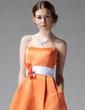 A-Linie/Princess-Linie Herzausschnitt Knielang Satin Brautjungfernkleid mit Schleifenbänder/Stoffgürtel Blumen (007000928)