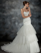 Trumpet/Mermaid Sweetheart Court Train Tulle Wedding Dress With Ruffle Appliques Lace (002017196)