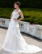 Ball-Gown Strapless Chapel Train Taffeta Wedding Dress With Ruffle Beading Appliques Lace (002001343)
