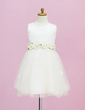 A-Line/Princess Tea-length Flower Girl Dress - Satin/Tulle Sleeveless Scoop Neck With Flower(s) (010005331)