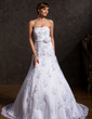 Trumpet/Mermaid Sweetheart Court Train Tulle Wedding Dress With Appliques Lace Flower(s) Sequins (002015158)