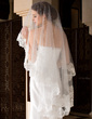 One-tier Waltz Bridal Veils With Lace Applique Edge (006036632)