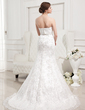Trumpet/Mermaid Sweetheart Court Train Lace Wedding Dress With Ruffle Beading (002012829)