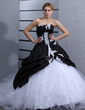 Ball-Gown Sweetheart Cathedral Train Taffeta Tulle Wedding Dress With Ruffle Appliques Lace (002012075)