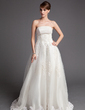 A-Line/Princess Strapless Chapel Train Tulle Wedding Dress With Beading Appliques Lace (002016172)