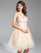 A-Line/Princess Sweetheart Knee-Length Tulle Homecoming Dress With Ruffle Beading (022011003)