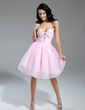 A-Line/Princess V-neck Knee-Length Organza Homecoming Dress With Ruffle Beading (022014969)