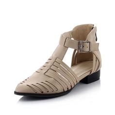 Suni deri Düz Topuk Daireler Kapalı Toe Ile Toka ayakkabı