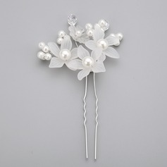 Flower Shaped Imitation Pearls/Acrylic Hairpins (Sold in single piece)